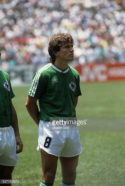 1986 FIFA World Cup in Mexico Lothar Matthaeus * Football player Germany member of the German national team Matthaeus in the German lineup before the...