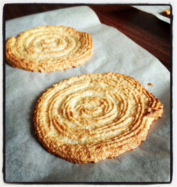 Les biscuits de base pour entremets: dacquoise, joconde, pain de Gênes, biscuits à la cuillère