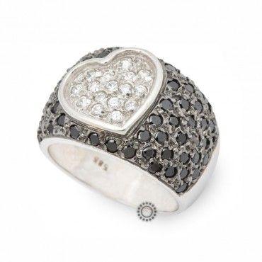 Μεγάλο παβέ δαχτυλίδι λευκόχρυσο Κ14 με μαύρες πέτρες μαύρο πλατίνωμα και καρδιά στο κέντρο από λευκά ζιργκόν   Δαχτυλίδια ΤΣΑΛΔΑΡΗΣ στο Χαλάνδρι #καρδια #ζιργκον #λευκοχρυσο #δαχτυλίδι