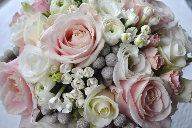gray and pink wedding   Winter wedding flowers   Radisson Hotel Manchester   Laurel Weddings