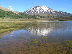 Volcán Lonquimai (gran quebrada, en mapudungun), ubicado en la Región de la Araucanía, sur de Chile.