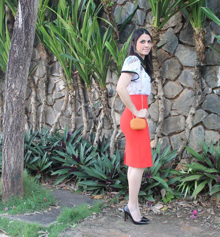 Blog Caca Dorceles. 2013. Saia Lápis Laranja.  N°1. Farm Cropped + Zara Skirt.