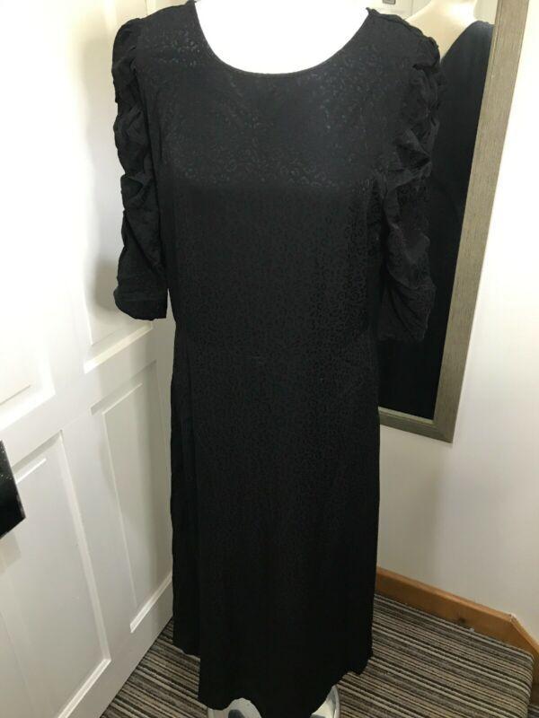 Bnwt Marks Spencer Black Leopard Print Dress Uk Size 14 Ruched Sleeves Gothic Dresses Ebay Link In 2020 Shift Dresses Uk Leopard Print Dress White Chiffon Maxi
