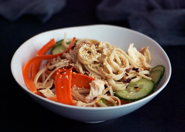 This looks like a great and easy recipe similar to the sesame noodles that i love!  Shredded Chicken Breast and Noodle Salad