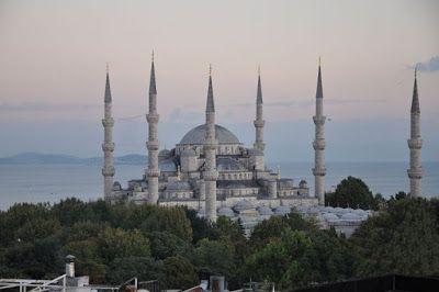 Catatan Traveling: 10 Landmark dan Tempat Wisata Favorit di Istanbul,...