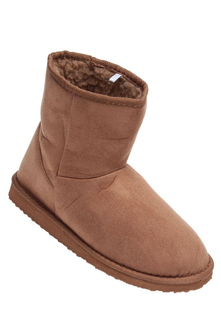 #TATI - #Boots Fourrées Femme - 9€,99 - Affrontez le grand froid avec ces boots fourrées ! http://www.tati.fr/chaussures-femme/boots-bottines/tous-les-produits/boots-fourrees-femme/132753/nall/d2/s/p7~60/c/b/e.html?cmpid=pinterest&utm_source=pinterest.com&utm_medium=referral&utm_campaign=pont_mai_20141103