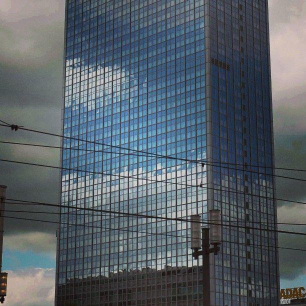 Alexanderplatz Berlin Citywalkberlin Spiegelverkehrt Mirror Mirrored In 2020 Skyscraper Mirror Building