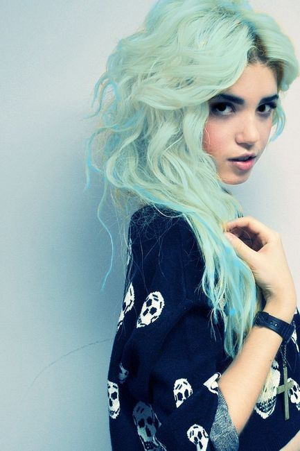 I'm not going to lie, I think my hair would look kind of cool like this...
