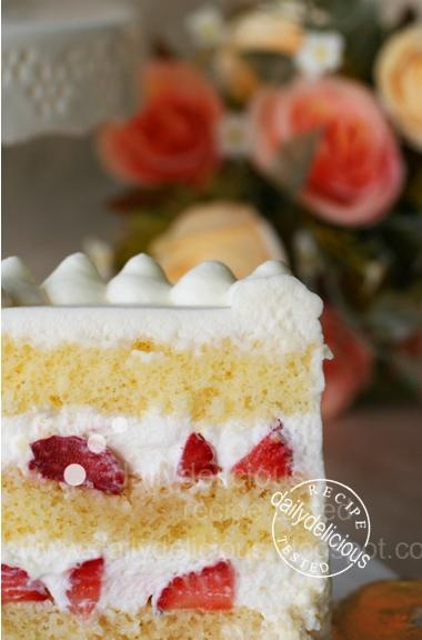 dailydelicious: Japanese Strawberry Shortcake: Soft, light, easy and ...