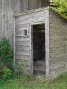 old-gray-wooden-outhouse-26693184.jpg (98×130)