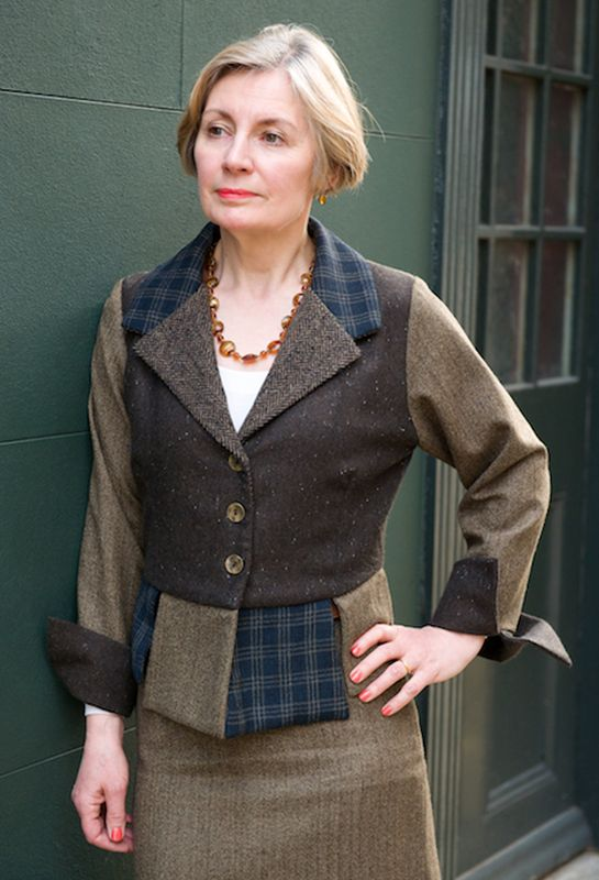 Heather Thomas, Solicitor, commissioned a Florence Jacket in mixed wools with an Amanda skirt.