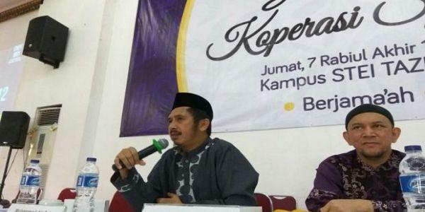 Alhamdulillah! Akhirnya Koperasi Syariah 212 DIRESMIKAN  [portalpiyungan.co]Dewan Ekonomi Syariah 212 GNPF-MUI Jumat pagi 5 Januari 2017 meresmikan Koperasi Syariah 212 (Investment Holding). Acara launching ini digelar di Sekolah Tinggi Ekonomi Islam TAZKIA Sentul City Bogor. Turut hadir Wakil Ketua GNPF-MUI KH Zaitun Rasmin. Dalam sambutannya pemimpin organisasi Wahdah Islamiyah itu mengungkapkan bahwa dalam Koperasi Syariah 212 ini merupakan salah satu kekuatan penting dalam perjuangan…