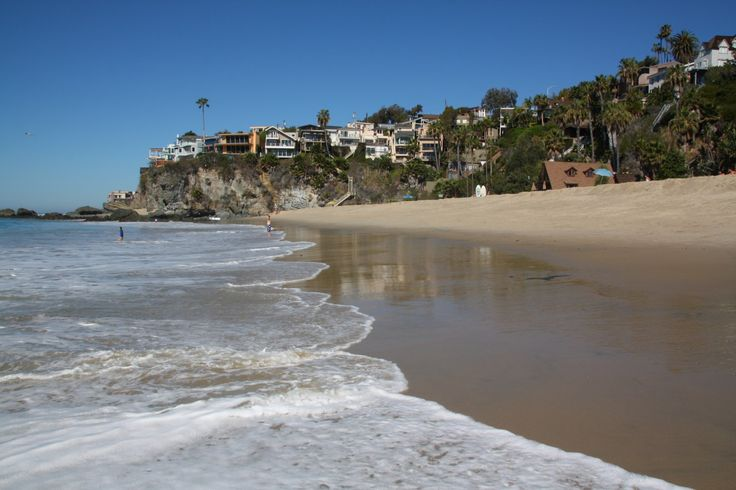 Thousand Steps Beach is one of the largest beaches in South Laguna Beach, CA. It's a wide sandy beach with volleyball courts, restrooms, and tide pools and
