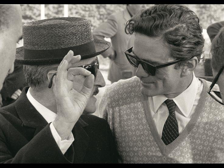 Totò e Pasolini durante le riprese di Uccellacci uccellini, 1965