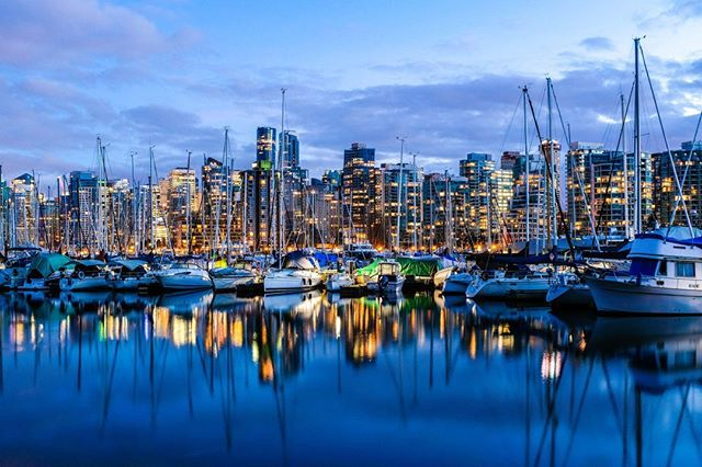 Photo by Ian MacDonald   X100F   F8   6sec   ISO200 @ianmacdonaldphotography #xseries #fujifilm #xphotographers #photography #X100F  #dawn #skyline #vancouver #travelphotography #cityscape #bluehour #habour #sailingboat