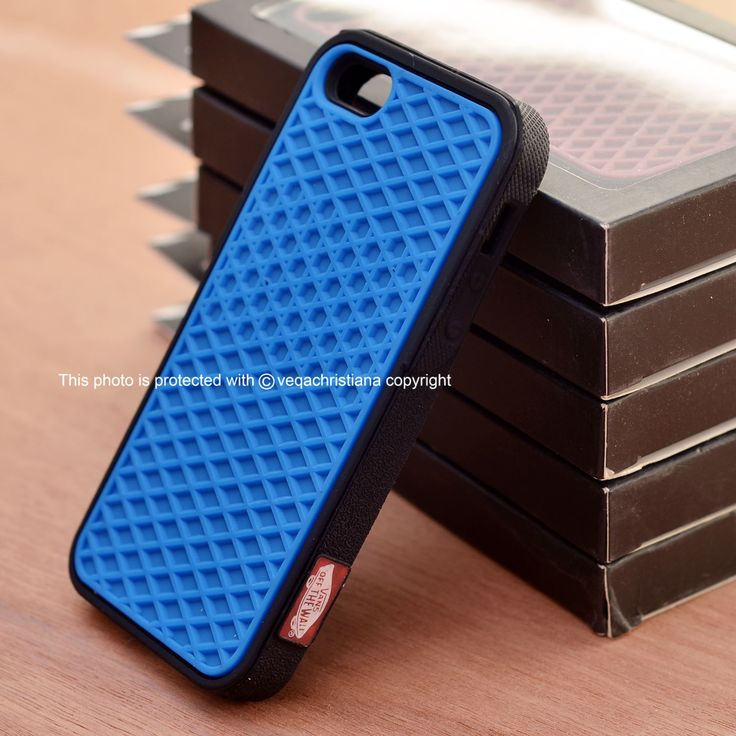 This item is AVAILABLE. ^^  || Vans Case for Iphone 4 & 5.  || Follow on Instagram & Twitter @pcasby_  || Also follow on Instagram & Twitter @klikme_os  || Info & Order : +6287855600077 || Line : helenkusoy || Pin BB : 28A3BEEC || Seller Location : Surabaya - Indonesia || ** all the photos on @pcasby_ account are ours, please don't take/use it without permition.  #iphone #seller #case #casing #jual #jualan #supplier #iphone4 #iphone5 #surabaya #indonesia #vans #purple #brown #pink