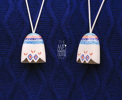 """pendant #18(6,5cm) - NOT AVAILABLE """"DOI"""" / """"TWO"""" porcelain jewelry f/w '12-'13 collection"""