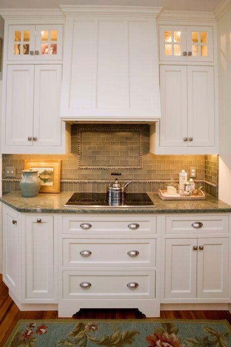 18 best taste pretty cottage kitchen images on pinterest for Cottage kitchen cabinets ideas