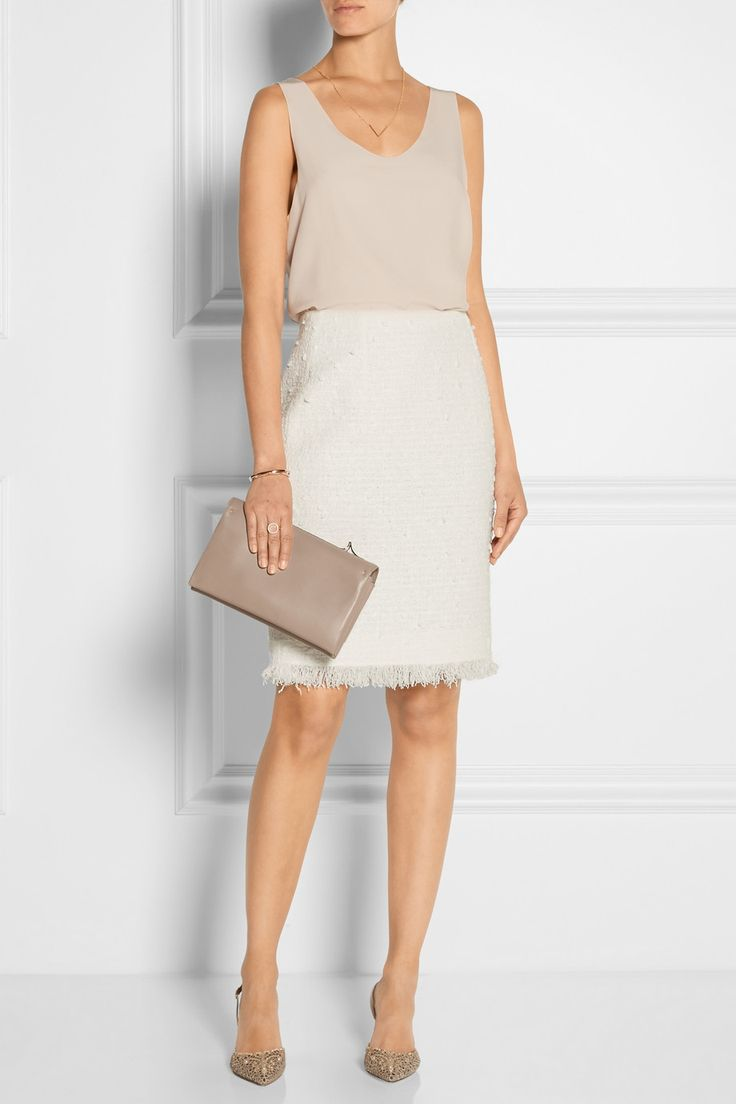 Oscar de la Renta   Cotton-blend tweed pencil skirt   Styled with a Chloe blouse and René Caovilla point-toe pumps.   NET-A-PORTER.COM