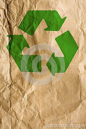 Papel do pão com símbolo de reciclagem verde