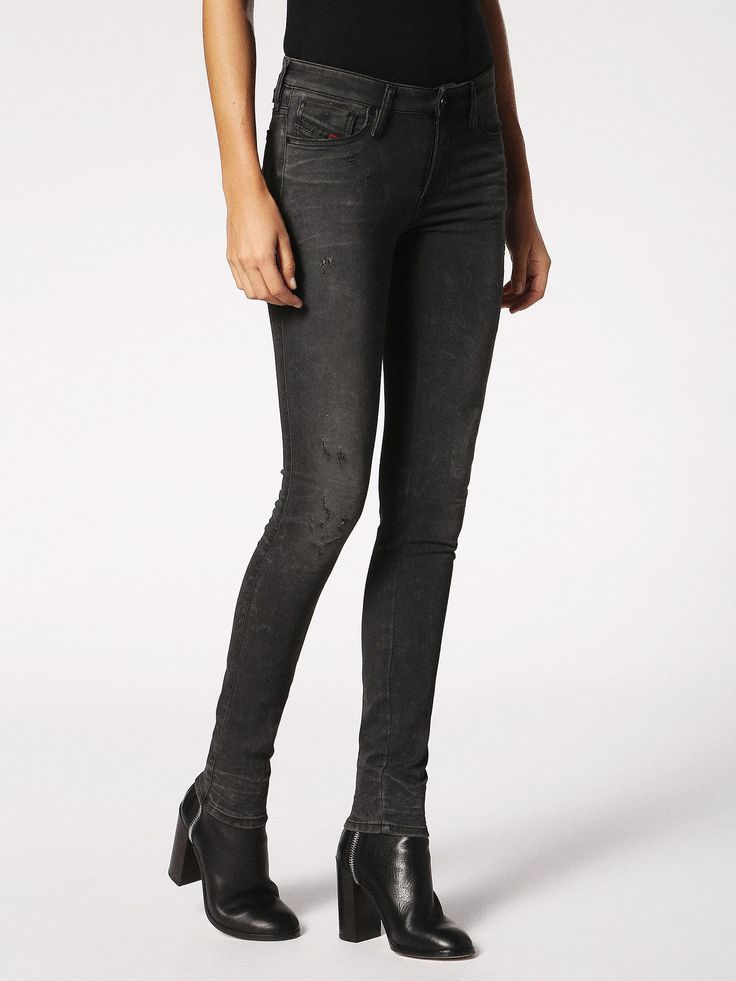 SKINZEE JOGGJEANS 0685S Super skinny Denim Woman | Diesel Online Store