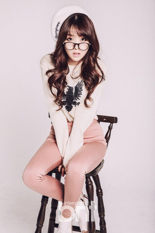Girl's Day's Min Ah bnt International 2013