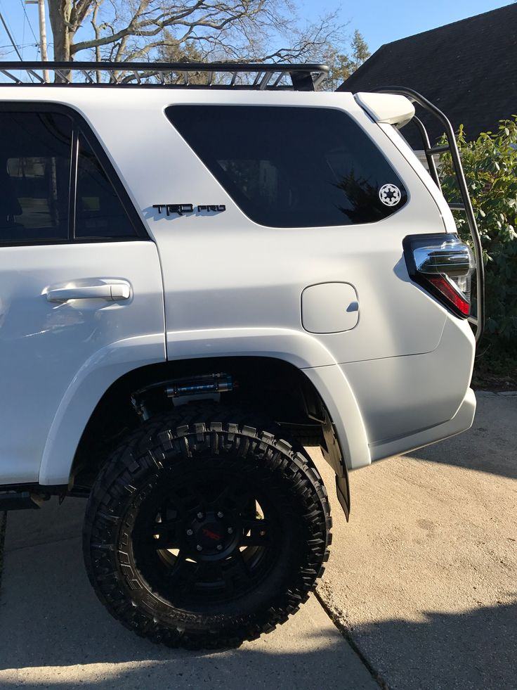 25 best ideas about 4runner trd pro on pinterest 2015 toyota 4runner toyota 4runner and. Black Bedroom Furniture Sets. Home Design Ideas