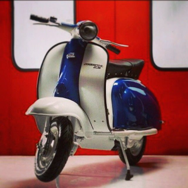 Want a scooter so bad! #Lambretta #Padgram