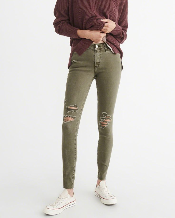 A&F Women's Low-Rise Super Skinny Jeans in RIPPED Olive Green - Size 25S
