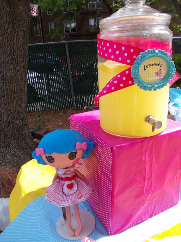 From My daughter's 6 th  birthday party, loopsy lemonade