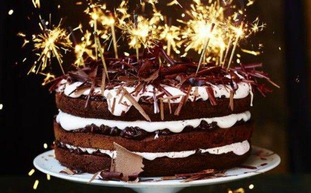 Jamie Oliver ensina a fazer o melhor bolo de chocolate do mundo!