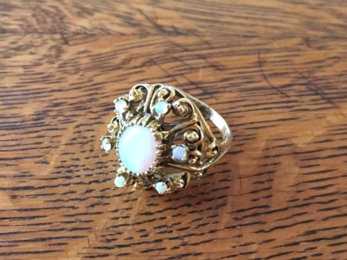 ESTATE-VINTAGE-14K-YELLOW-GOLD-OPAL-CLUSTER-RING-SIZE-5-OCTOBER-BIRTHSTONE