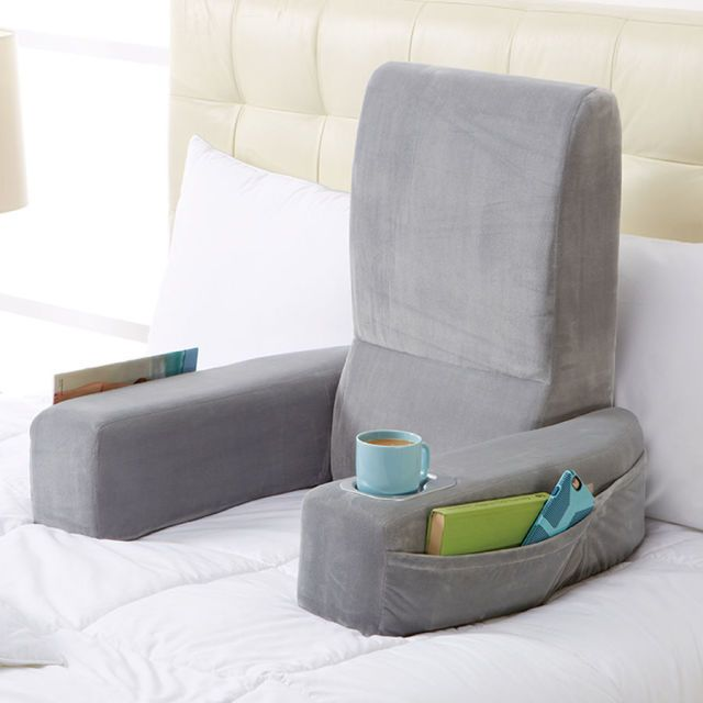 Must-see gift ideas for your book-loving mom, including this comfy reading pillow.