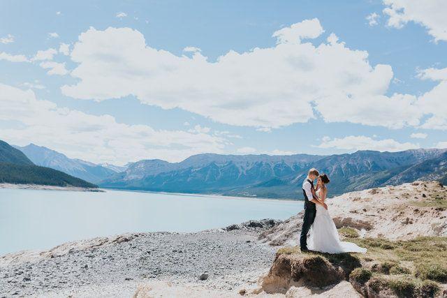 breathtaking mountains views for this wedding at Abraham Lake near Nordegg