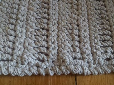 thredHED: No Splashing out.....Crocheted Bath Mat