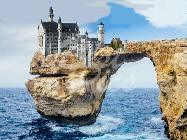 Neuschwanstein Castle On A Rock On A Coast In 2020 Schloss Neuschwanstein Urlaub Usa Tourismus