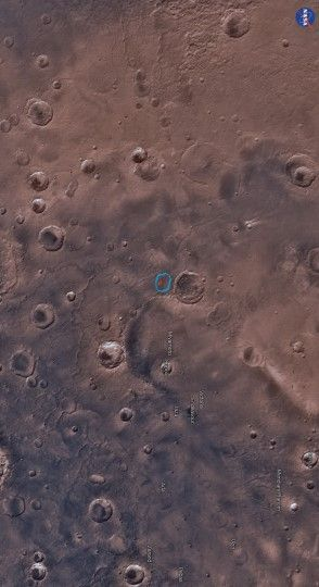 A team of scientists – led by Dr Brian Hynek from the University of Colorado Boulder – has discovered evidence of an ancient lake that likely represents some of the last potentially habitable surface water ever to exist on the Red Planet. This image shows part of the Meridiani Planum region, Mars: the chloride salt deposit is in red; the lake contour is in blue. Image credit: MarsTrek / NASA / Brian M. Hynek et al. / Sci-News.com.