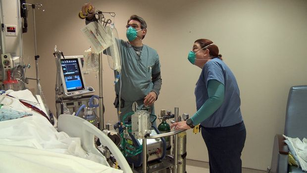View full size ECMO machine at a patient's bedside, with two UAB perfusionists attending. (Courtesy UAB) BIRMINGHAM, Alabama -- A machine designed for use in heart-lung bypass surgeries earlier this year saved the life of a carbon monoxide victim who...