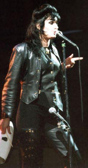 """ilovesiouxsiesioux: """" ilovesiouxsiesioux: """" ♡ Siouxsie Sioux ♡ """" ♡ Siouxsie Sioux ♡ """""""
