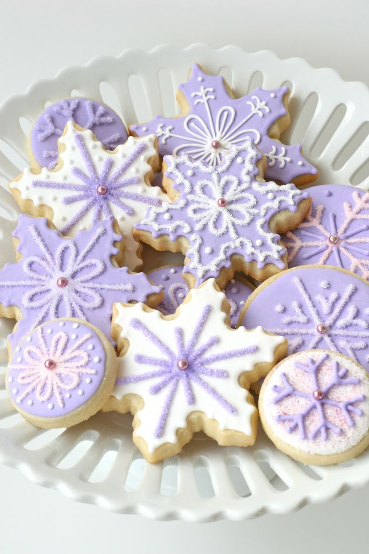 Glorious Treats » Purple Snowflakes Christmas Cookies!!