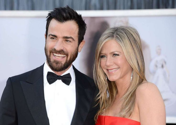 Justin Theroux and Jennifer Aniston are broken up, as the world knows, but it took a bit of time for Justin to take his ring off. Be that as it may, Justin was spotted for the first time recently not wearing the symbol of holy matrimony. As it was previously reported, the two 46-year-old...