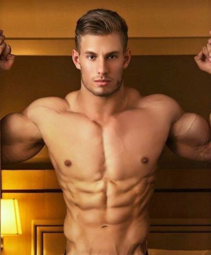 alphamusclehunks: SEXY, LARGE and IN CHARGE. Alpha Muscle Hunks. http://alphamusclehunks.tumblr.com/archive