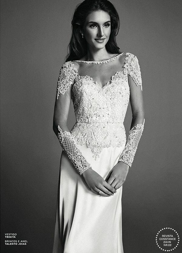 Vestido de noiva bordado com saia de cetim  ( Foto: Ivan Erick | Vestido: Trinitá Couture )