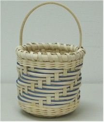 Shadow Weave BasketBy Cherilyn Braun Fontana