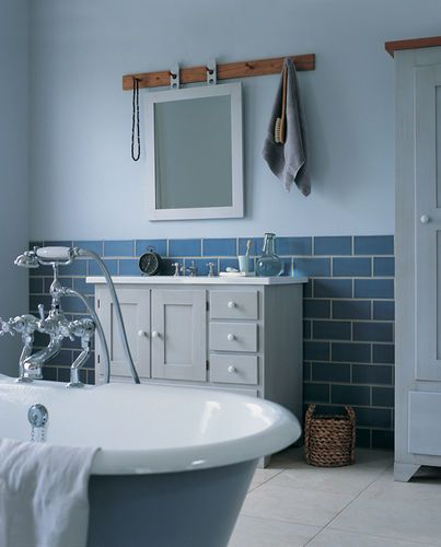 Programmes most popular all 4 shaker style bathroom for Most stylish bathrooms