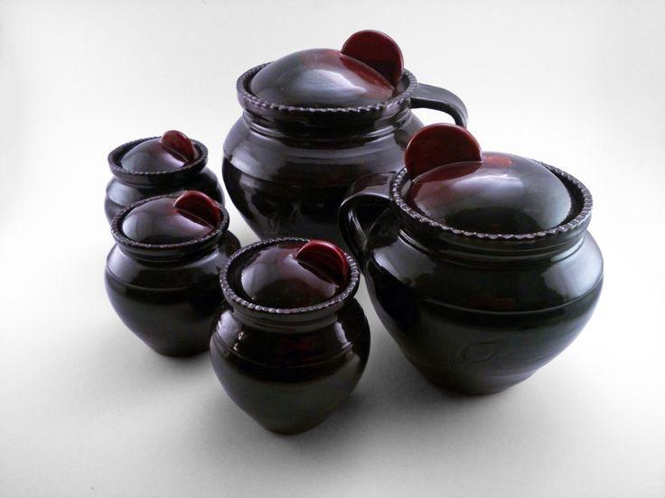 Jar Family - Ildikó Károlyi #ceramics #pottery #keramiart