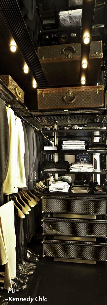 Exquisite closet