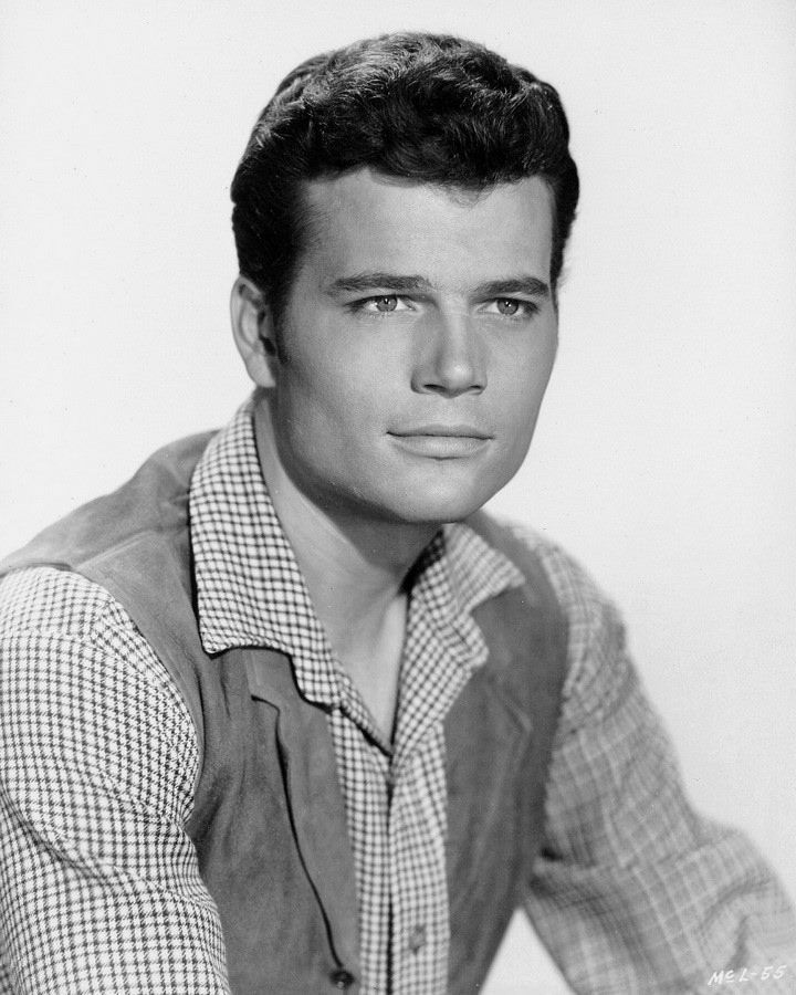 Young Patrick Wayne, John Wayne's son. (please follow minkshmink on pinterest) #patrickwayne