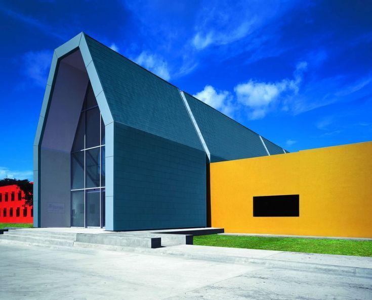 Sistemas de fachadas tamsa nave industrial con for Revestimiento exterior zinc
