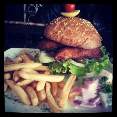 Fish Burger @ Hinglish!